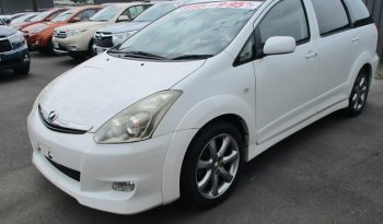 2005 Toyota Wish full